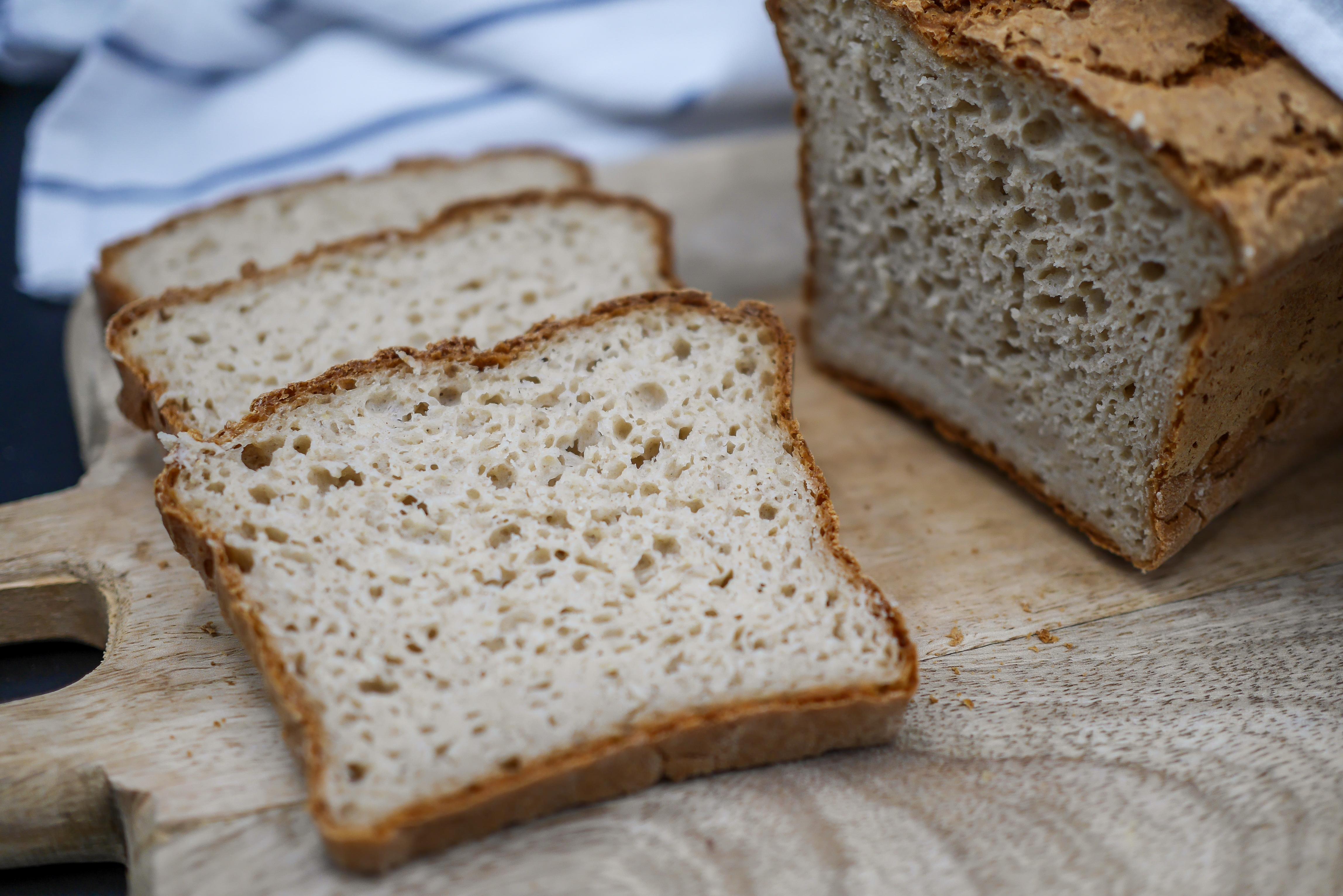 Prosty i szybki chleb bezglutenowy