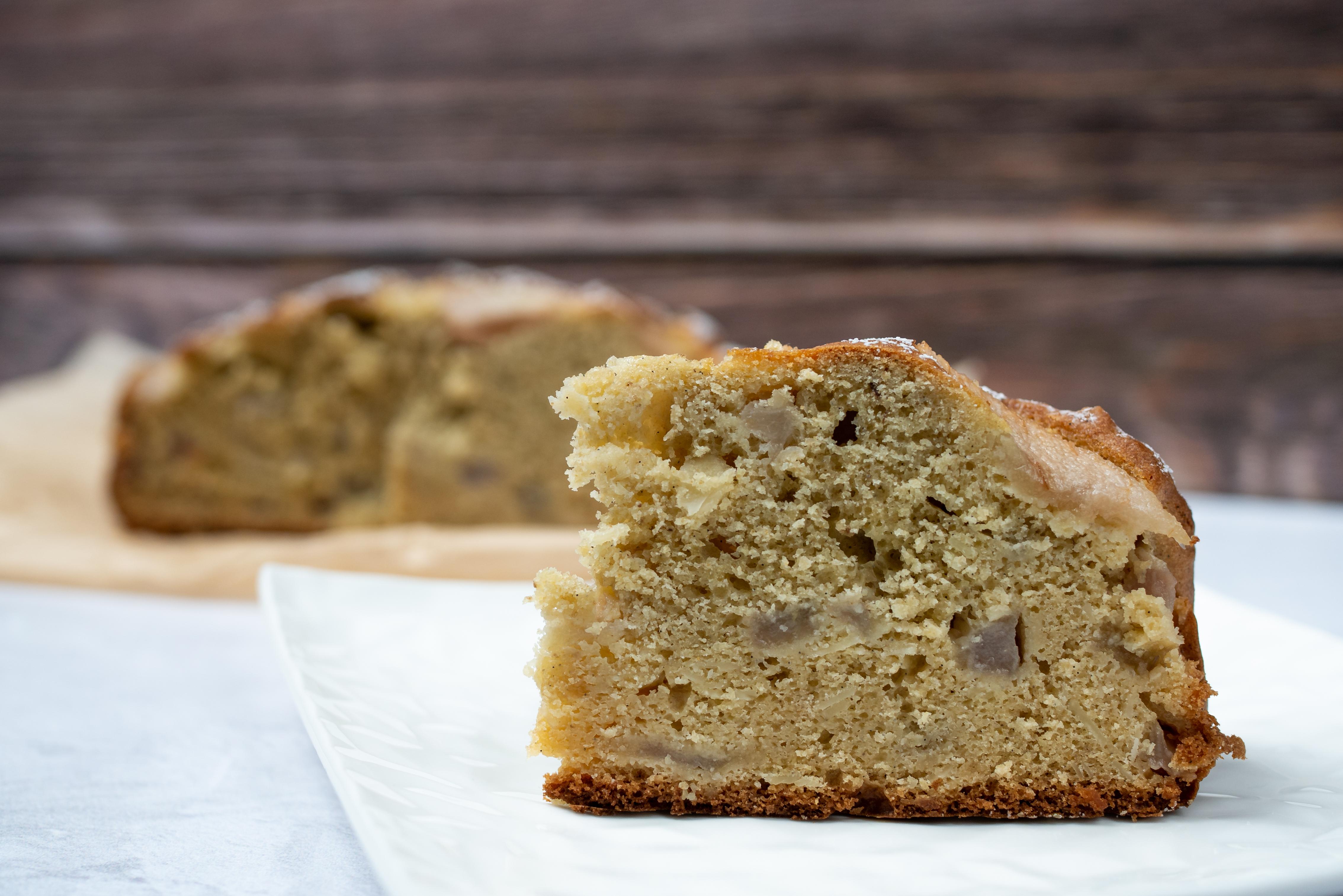 Bezglutenowe ciasto z gruszką i migdałami