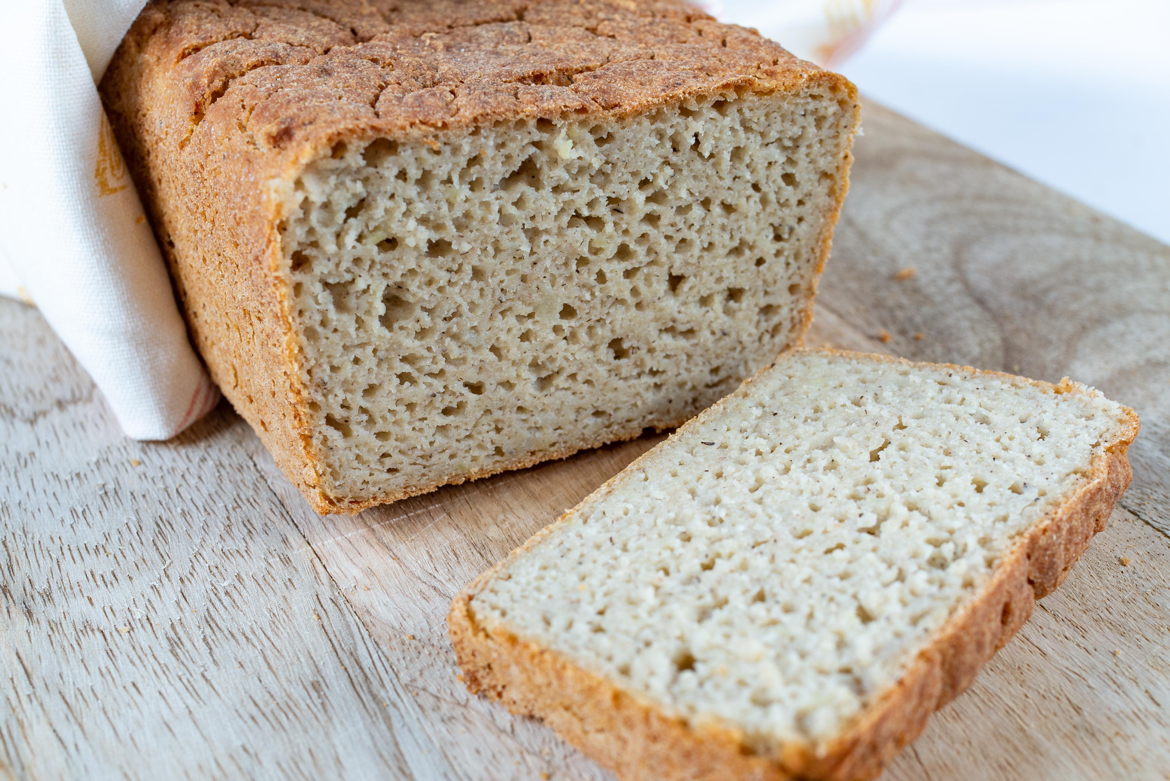 Bezglutenowy chleb z ziemniakami