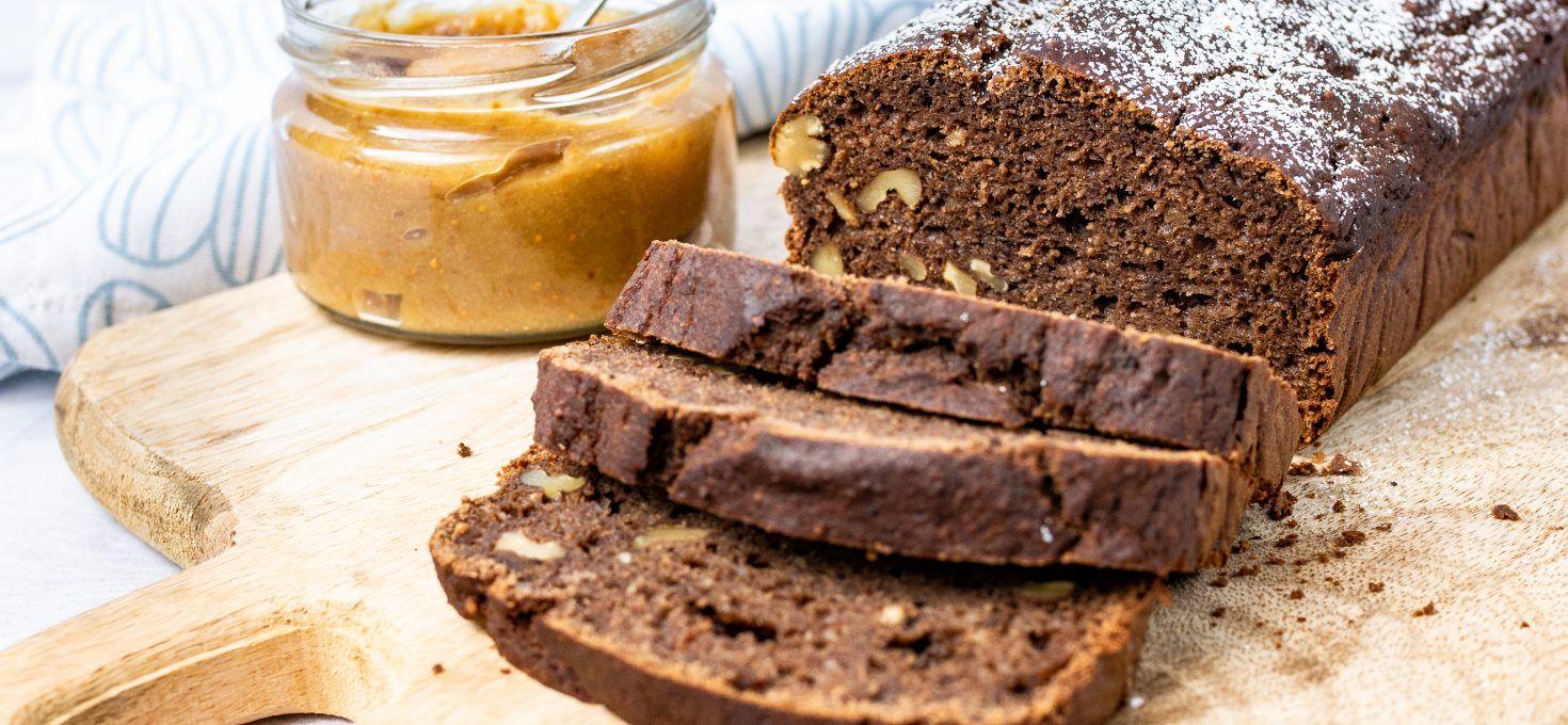 Bezglutenowe ciasto kakaowe z dżemem