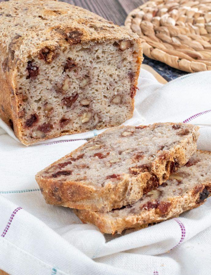 Bezglutenowy chleb na zakwasie z żurawiną