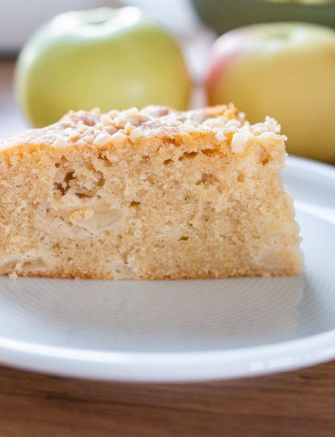 Bezglutenowe ciasto z jabłkami i migdałami