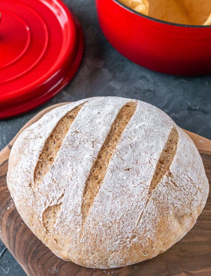 Bezglutenowy chleb z garnka